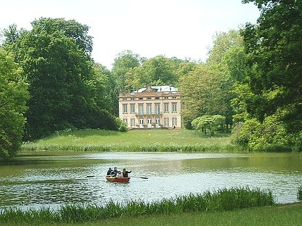 Bild von Aschaffenburg (Landkreis): Schloss Schönbusch mit See
