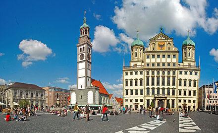 Bild von Augsburg: Rathaus und Perlachturm mit St.Peter – Wahrzeichen der Stadt