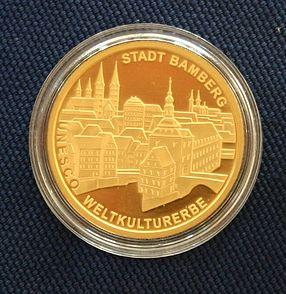 """Bild von Bamberg: 100-€-Goldmünze aus dem Jahre 2004 – """"UNESCO Weltkulturerbestätte Bamberg"""""""