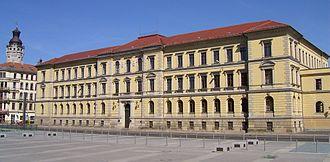 Bild von Sachsen: Verfassungsgerichtshof und Landgericht Leipzig