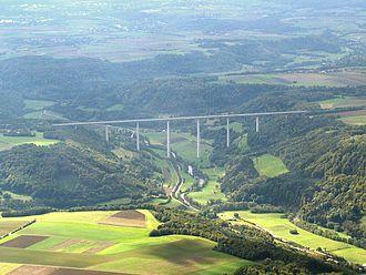 Bild von Baden-Württemberg: Die Kochertalbrücke ist Deutschlands höchste Talbrücke