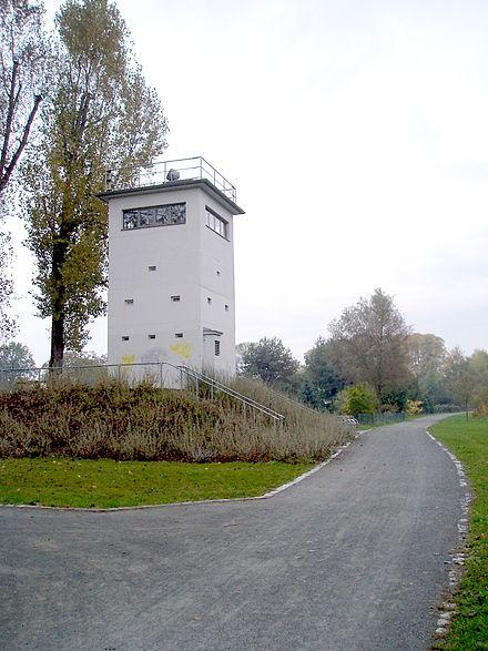 Bild von Hennigsdorf: Ehemalige Führungsstelle der Grenztruppen der DDR im Ortsteil Nieder Neuendorf