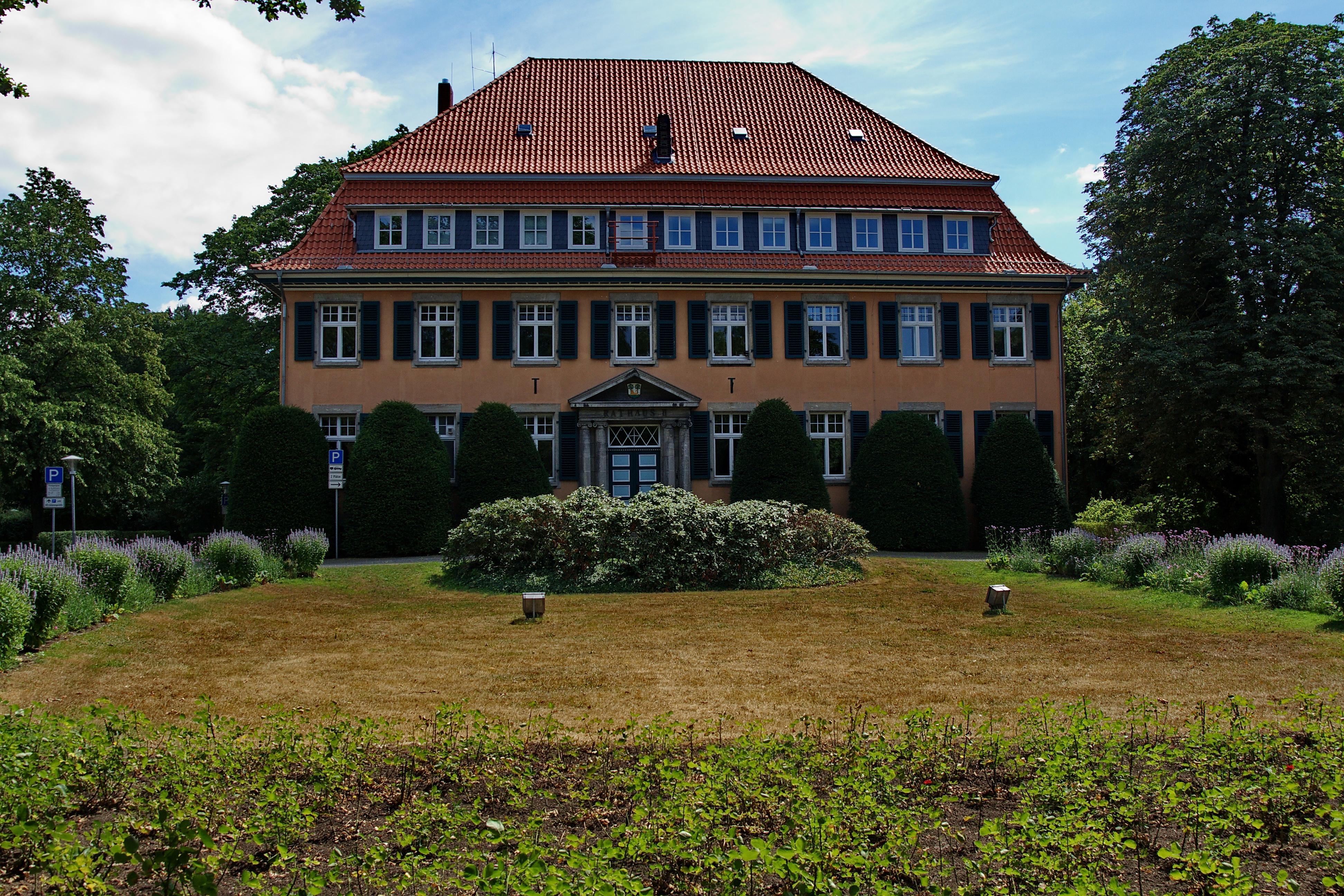 Bild von Burgdorf (Region Hannover): <center>Rathaus II</center>