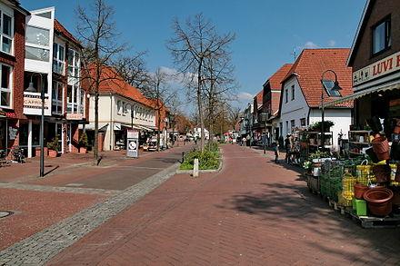 Bild von Burgwedel: Fußgängerzone im Zentrum des Stadtteils Großburgwedel