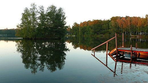 Bild von Burgwedel: Springhorstsee mit Insel