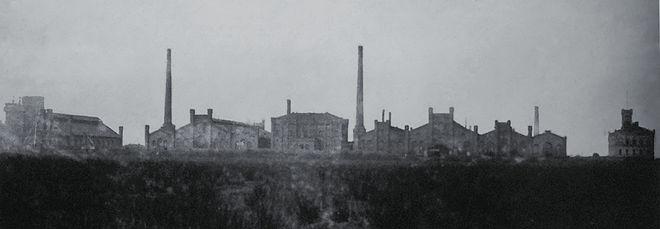 Bild von Neustadt am Rübenberge: Hüttenwerk um 1870, rechts Verwaltungsgebäude