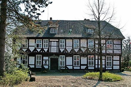 Bild von Wedemark: Amtshaus und Standesamt in Bissendorf