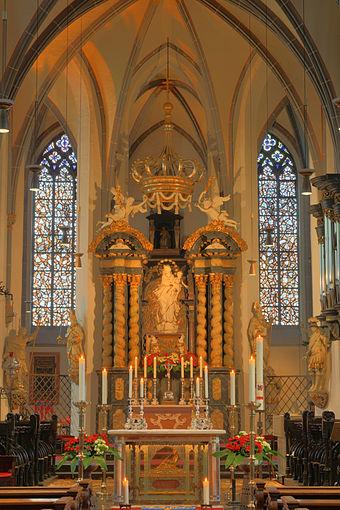 Bild von Düsseldorf: St. Lambertus mit Apollinarisschrein