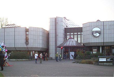 Bild von Düsseldorf: Gebäude des Aquazoo – Löbbecke Museums