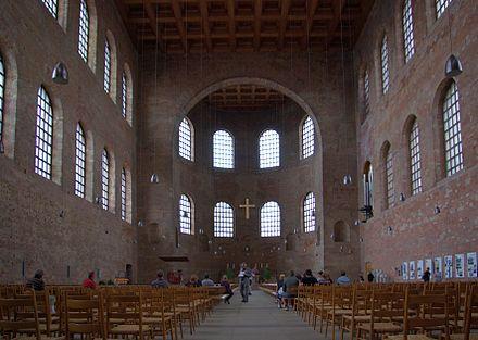 Bild von Trier: Innenansicht der Konstantinbasilika