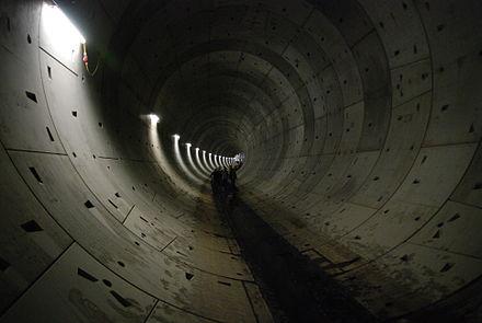 Bild von Leipzig: Rohbaufertige Tunnelröhre im Mai 2008