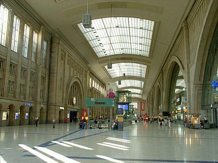 Bild von Leipzig: Der Querbahnsteig des Hauptbahnhofs