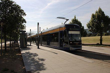 Bild von Leipzig: Stadtbahnzug NGT12 an der Neuen Messe
