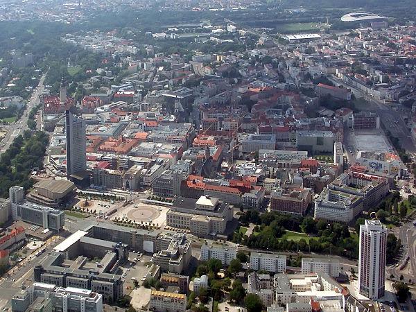 Bild von Leipzig: Die Innenstadt von Osten gesehen im Jahr 2008