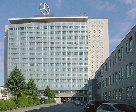 Bild von Stuttgart: Konzernsitz der Daimler AG in Untertürkheim