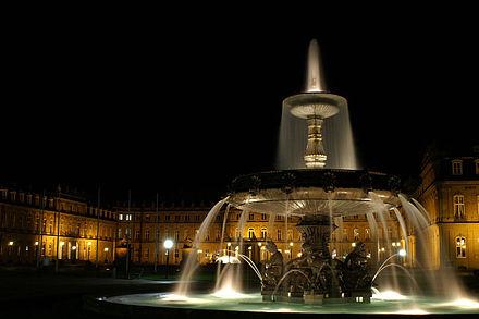 Bild von Stuttgart: Schlossplatz Stuttgart bei Nacht