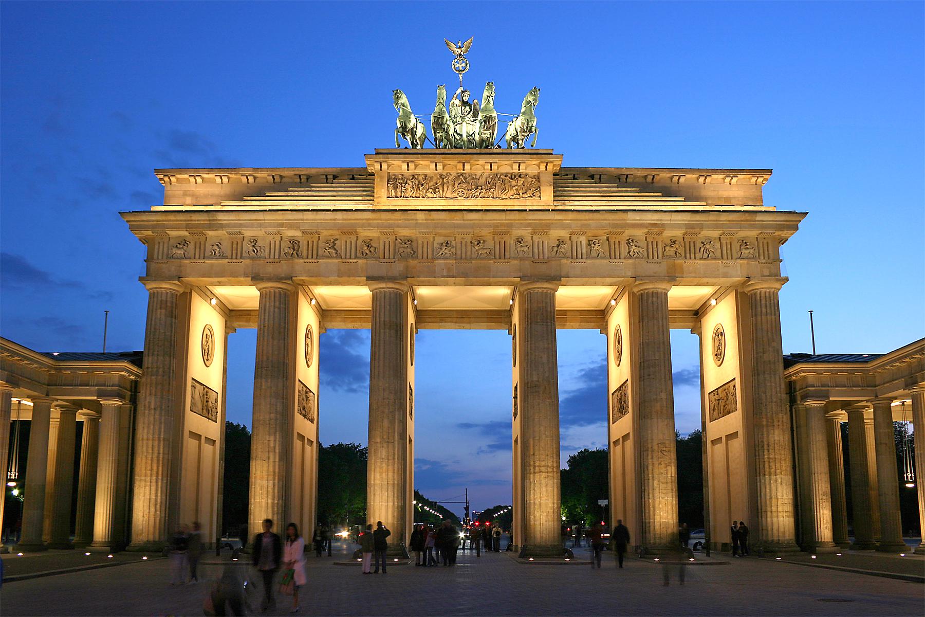 Bild von Berlin: Brandenburger Tor abends
