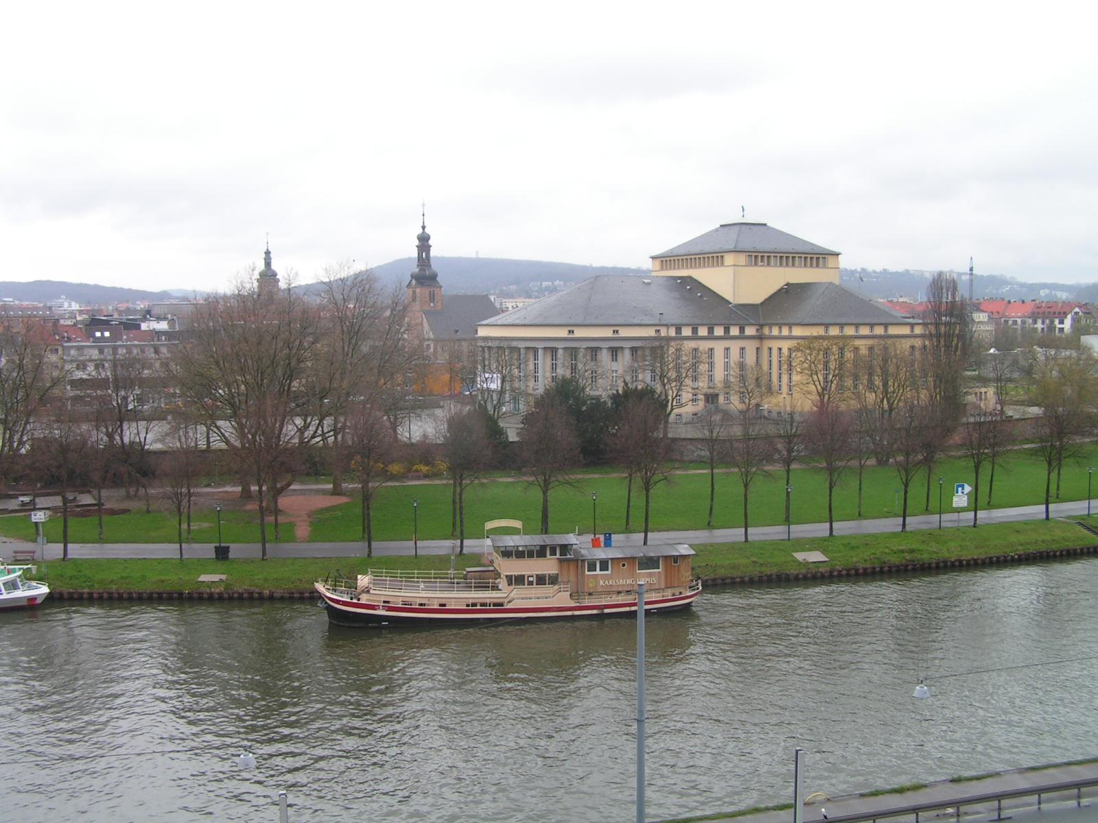 Bild von Saarbrücken: Saarbruecken-StaatsTheater